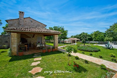 Beautiful Villa Roveria with pool in Istria