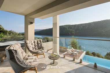 Charming terrace to enjoy the breathtaking view