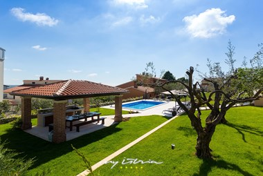 Villa Jolanda in Porec with pool