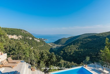 The villa has a view of Rabac and the sea