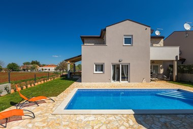 Beautiful Villa Stopic offers a private pool and quiet location
