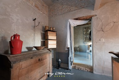 Rustic details blending with modern pieces in the fully renovated Villa Storija