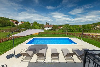 Inviting swimming pool with view on the Istrian countryside