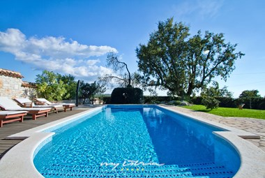 Villa Graziella with private pool in porec