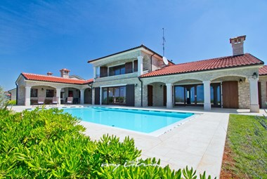 Beautiful Villa Kastelir near Porec