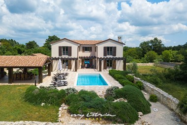 Villa Santi with private pool near Rovinj