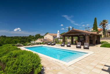 Enjoyable pool area of our villa in Rovinj