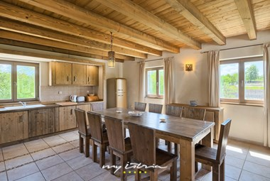 Villa´s kitchen with dining area
