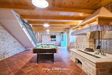 Tv room where you can also play pool