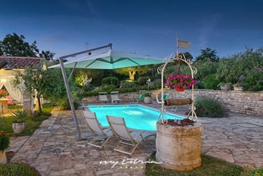 Relaxing atmosphere on villa´s pool area