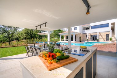 Well equipped summer kitchen in our holiday villa