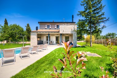 Villa in Istria with beautiful pool and garden
