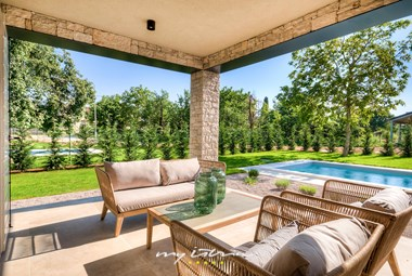 Cosy sitting area on the terrace of the villa