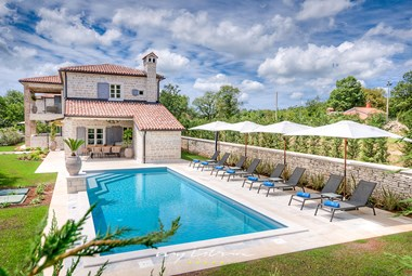 Wonderful villa with private pool in central Istria