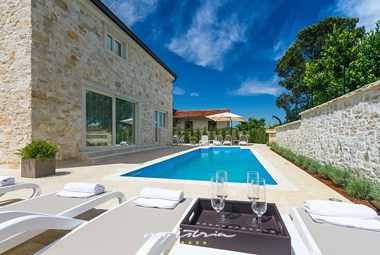 Enjoy your holiday in beautiful Villa Ema