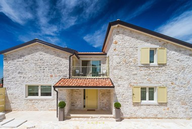 Beautiful stone villa with pool in Istria