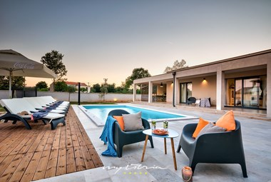 Evenings at the fabulous pool area of the villa
