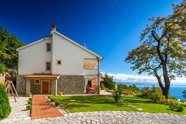 Villa Harmonia with private pool and amazing view of the Kvarner bay