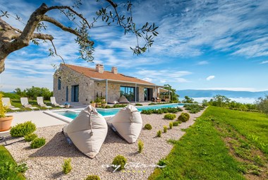 Modern designer villa with pool near Rabac
