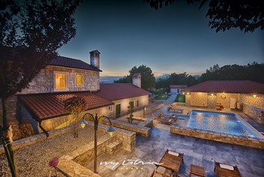 Villa with pool in natural setting near Rabac