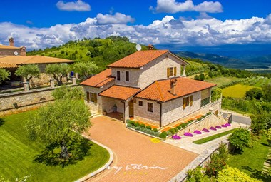 Villa with pool in Vizinada with stunning view