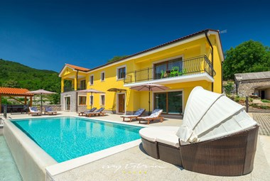 Villa Bambi`s pool is the perfect place to relax