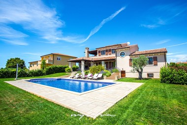 Wonderful villa with private pool in Pula