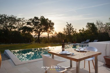 Enjoy the sunsets at Villa The One