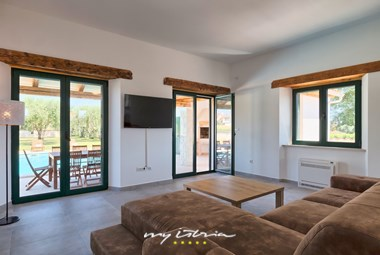 The villa´s living room has direct access to the terrace