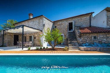 Lovely Villa Nar in Zminj