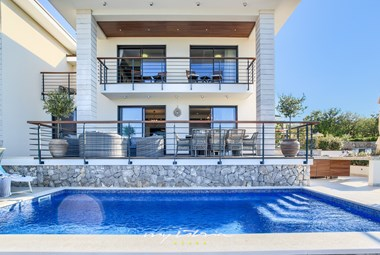 Villa Marconica with private pool and near the sea on Island Krk