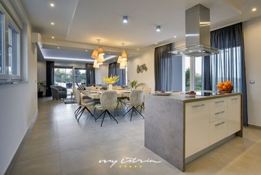 Fully equipped kitchen on the ground floor of the villa