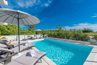 Beautiful villa Queen with private pool in Nin