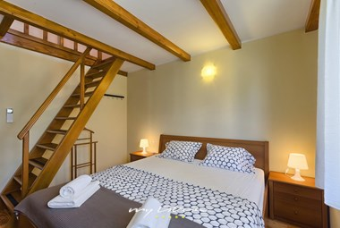 Bedroom with double bed - Villa Maria Betiga