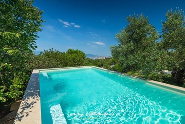 Enjoy the lovely pool in the lovely Villa Kamik in Kostrena