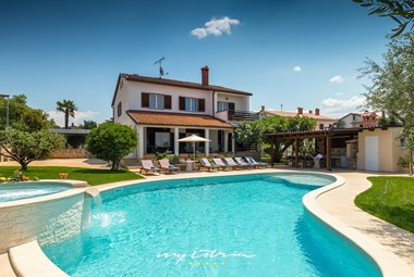 Beautiful villa with private pool in Istria