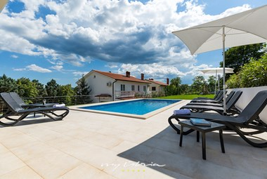 Lovely villa with pool near Labin and Rabac