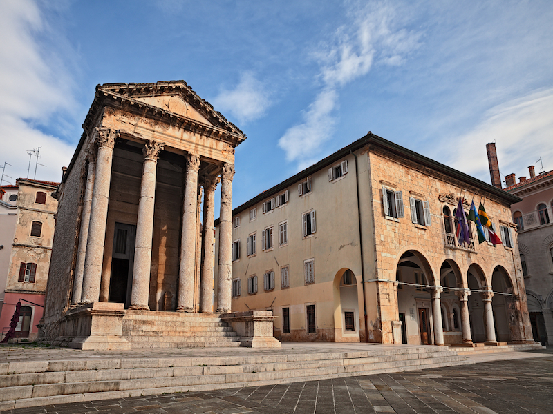 Augustus Temple in Pula: ornate, grand and beautiful example of a Roman ruin
