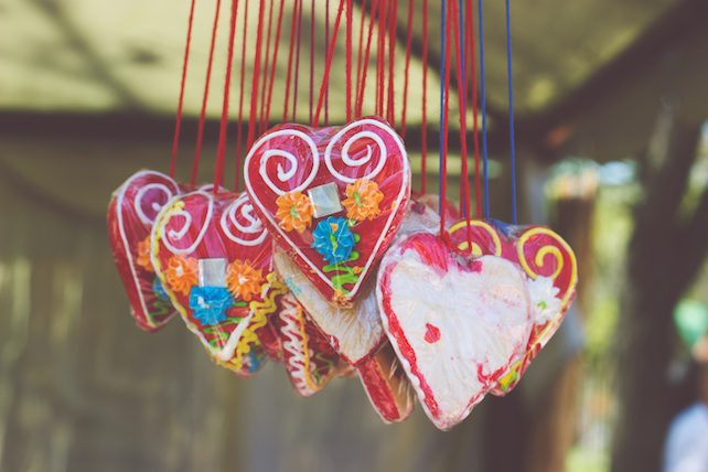 bunch-of-licitar-hearts-tied-together-wrapped-in-celofane-on-a-fair-for-sale