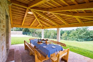 Villa Agra Covered al fresco dining area for 12 persons