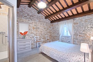 Villa Agra The rooms are decorated in a simple and romantic way