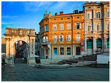 Pula, image 2 of 7