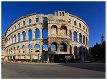 Pula, image 3 of 7